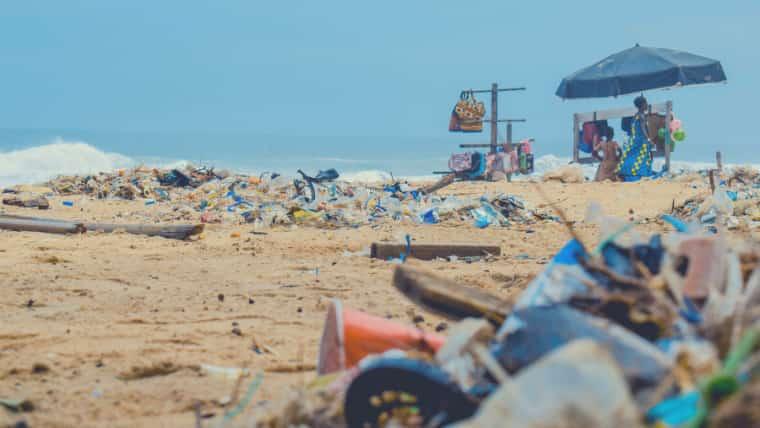 【画像】海洋深層水は汚染が少ない